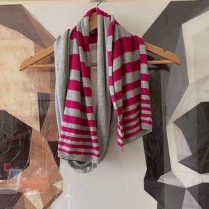 BCBG grey pink striped winter scarf